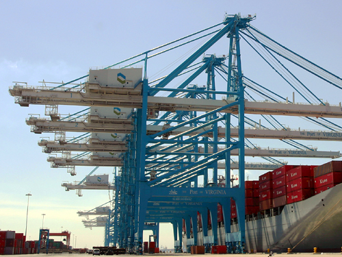 Big Repairs for Large In-Service Cranes at Shipping Terminal